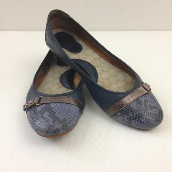 c9132d949529 Born Shoes - Born Ballet Flats 8.5 Snakeskin Print Blue Leather